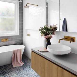 r novation salle de bain prix et tarifs obtenez 4 devis de r novation. Black Bedroom Furniture Sets. Home Design Ideas